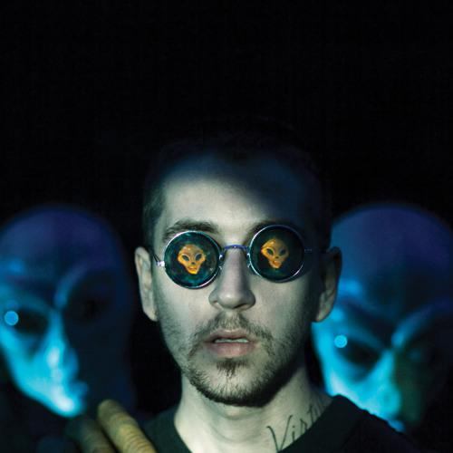 Arnaldo Low's avatar