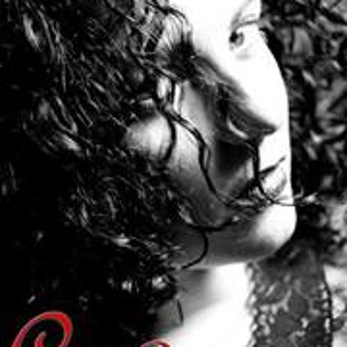 Holly Davison's avatar