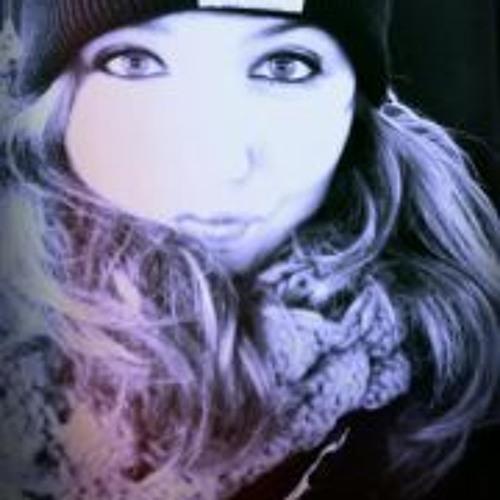 Laura Witt 2's avatar