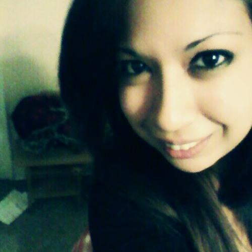ellabella0317's avatar