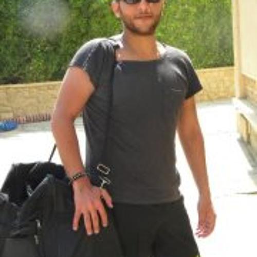 Eslam Mahmoud V Titan V's avatar