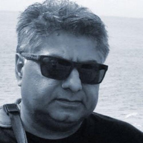 Reg Naidu's avatar
