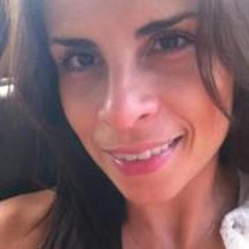Ana Carol Sommer's avatar