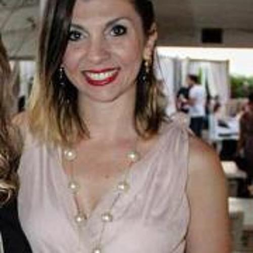 Mirian Avila's avatar