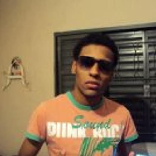Alan Ricardo 4's avatar
