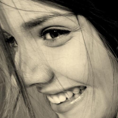 Carol Biagio's avatar