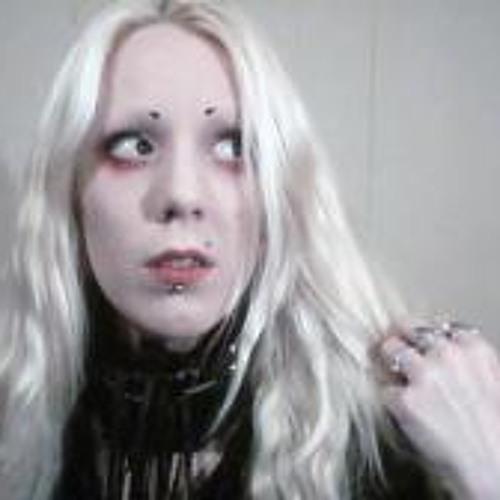 Cait Leslie's avatar