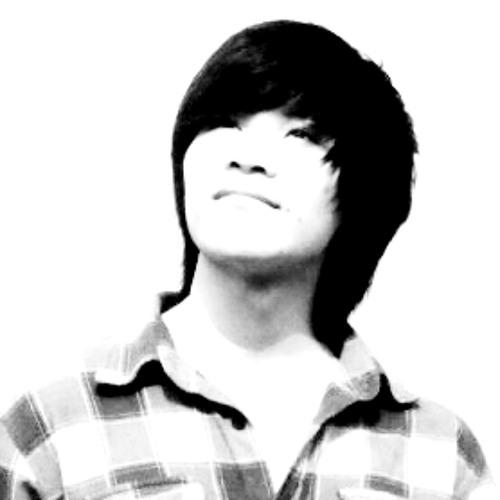 Lukas Chan's avatar