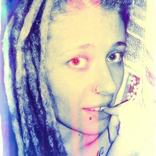 Izabella Calavera's avatar