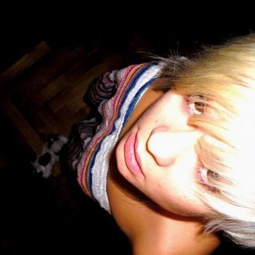 Rebecca Chevalier's avatar