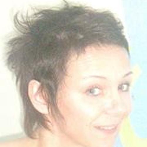 Ariane Walz's avatar