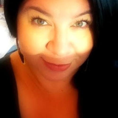 Lisa Torres 10's avatar