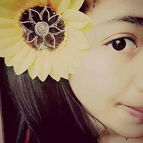 wulan diniyati's avatar