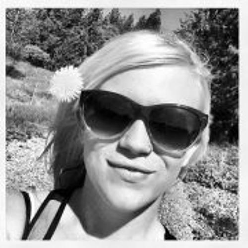 Leisha Combs's avatar