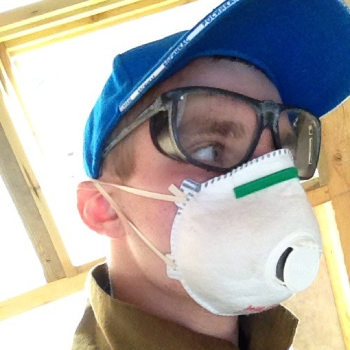 Henning_deep_minimal's avatar