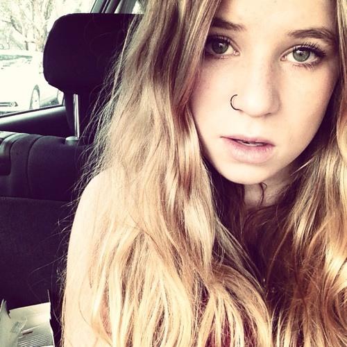Mischaabelle's avatar