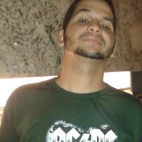 Everton Melo's avatar