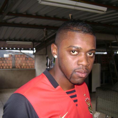 Arthur Marques JF's avatar