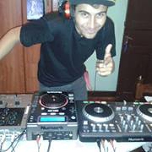 Bruno Dourado 7's avatar