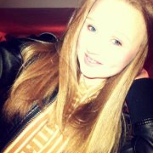 Lily Watts's avatar