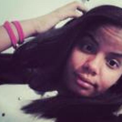 Angelyn Lora's avatar