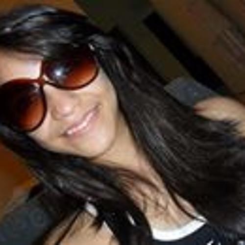 Elana De Almeida Pessoa's avatar
