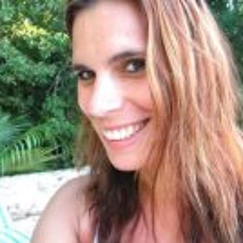 Alexandra Mommo's avatar