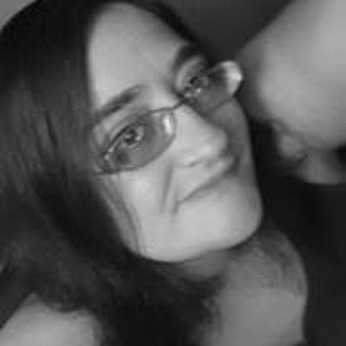 Nikki Hebert's avatar