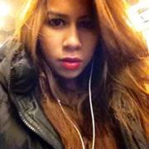 Nabella Louhanapessy's avatar