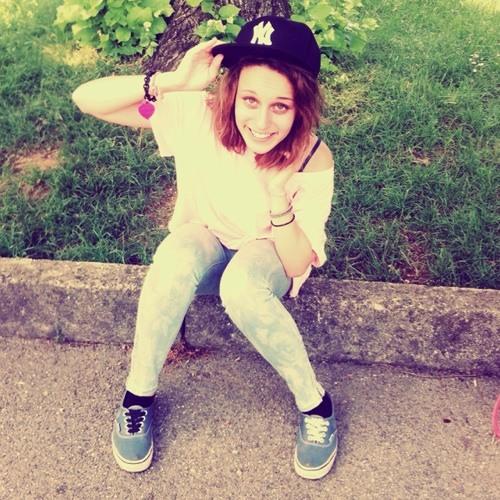 Dafne Lucioli's avatar