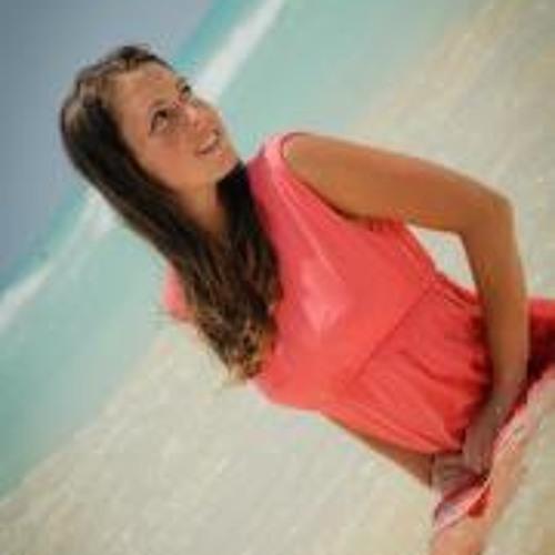 Marie Viallet's avatar
