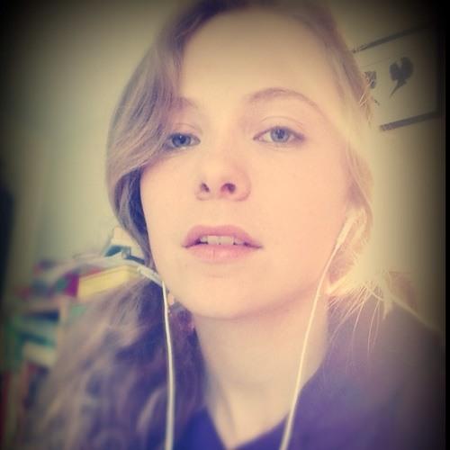 Megan Richards 3's avatar