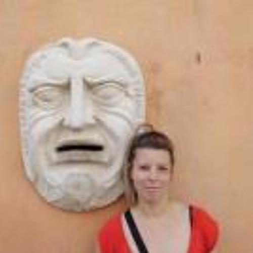 Ursula Selker's avatar