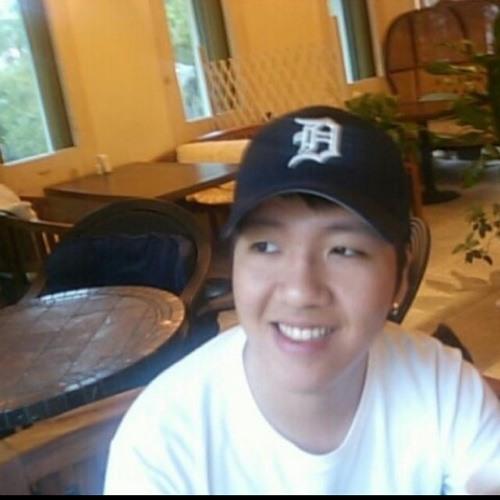 Joseph Cho's avatar