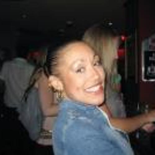 Josephine Titera's avatar