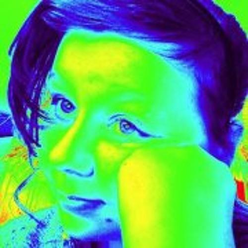 Emma Thorndyke's avatar
