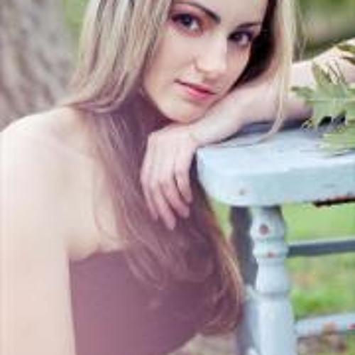 Ania Beker's avatar