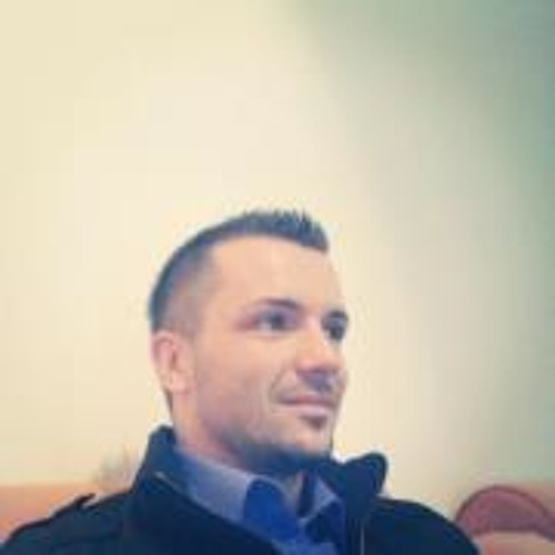 Alen Komić's avatar