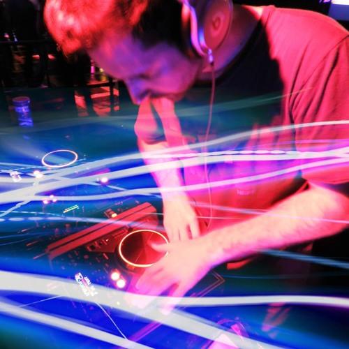 DJ Rodrigo Pecanha's avatar