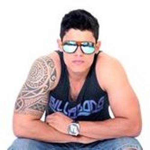 Ricardo Ulhoa's avatar