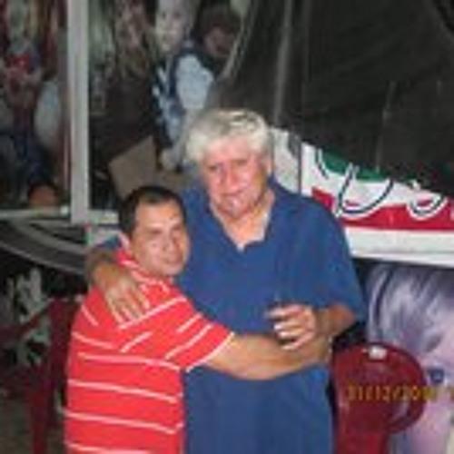 Gustavo Rosero's avatar