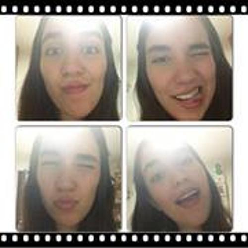 Salha Abuhayar's avatar