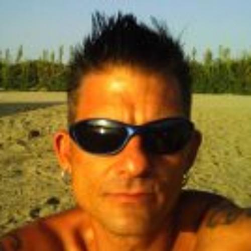 Markus Fuschi Komoll's avatar
