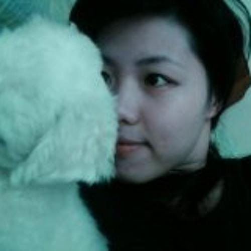 Rachel Yu-Chin Hou's avatar