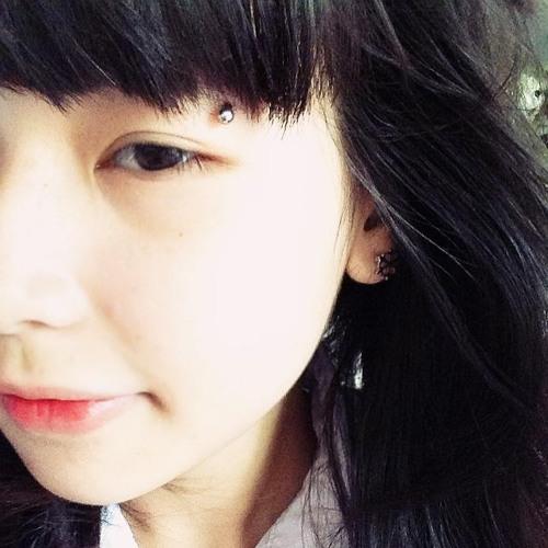 Vênh Vivian's avatar