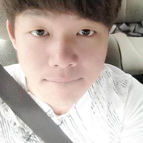 ♥EHou♥'s avatar