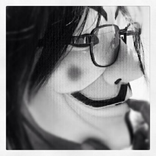 Lillie Santos's avatar