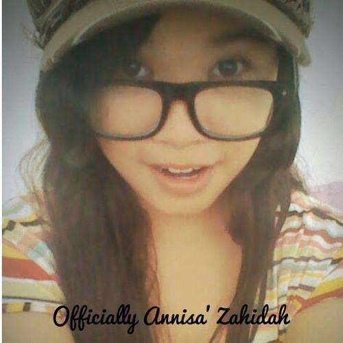 Annisa' Zahidah's avatar