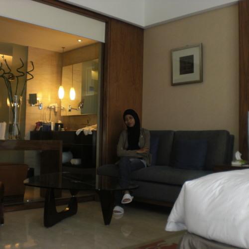 Ershya Amanah's avatar