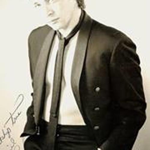 Daniel B Legg's avatar